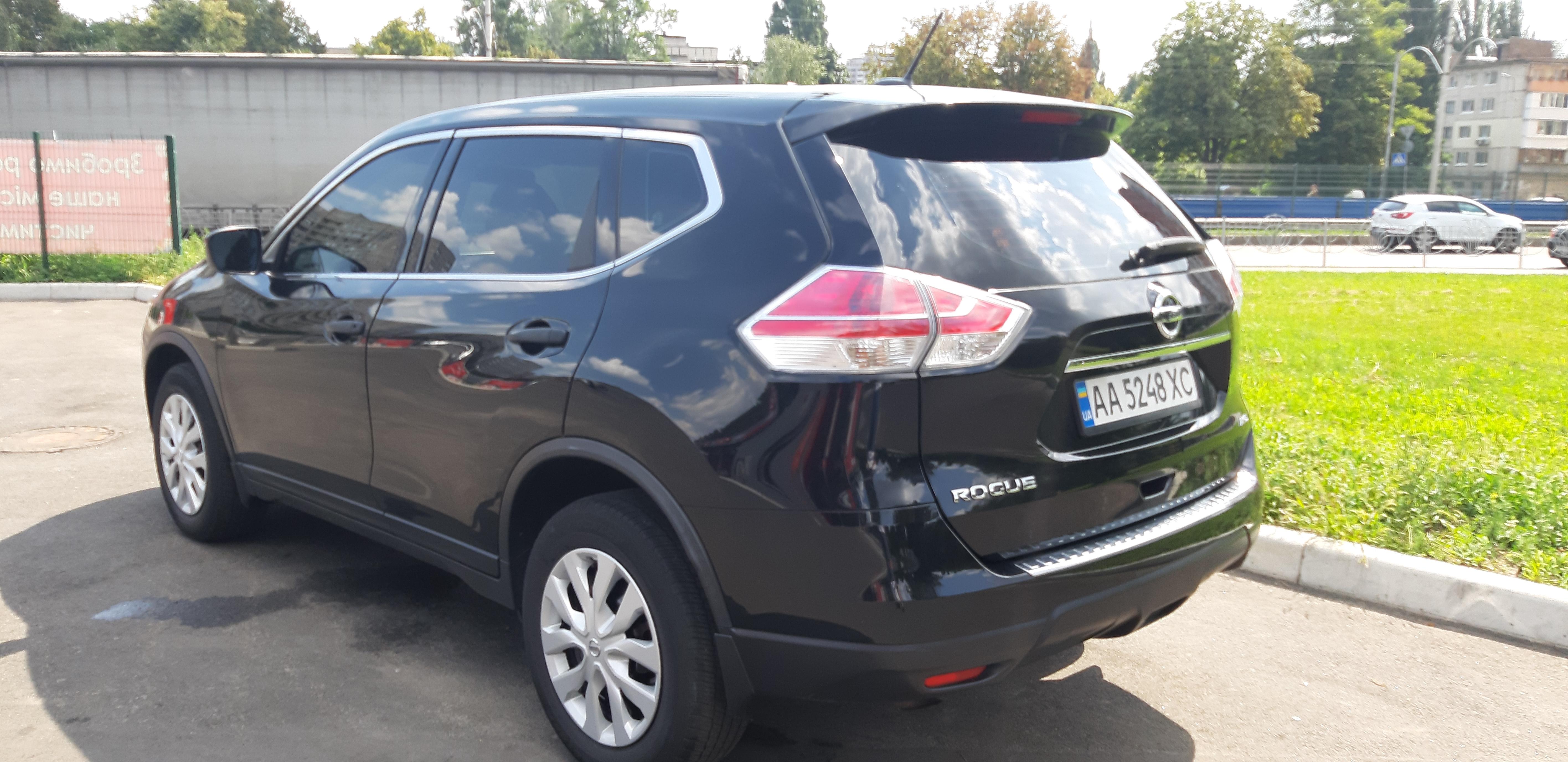 Прокат авто Nissan X-Trail в Киеве