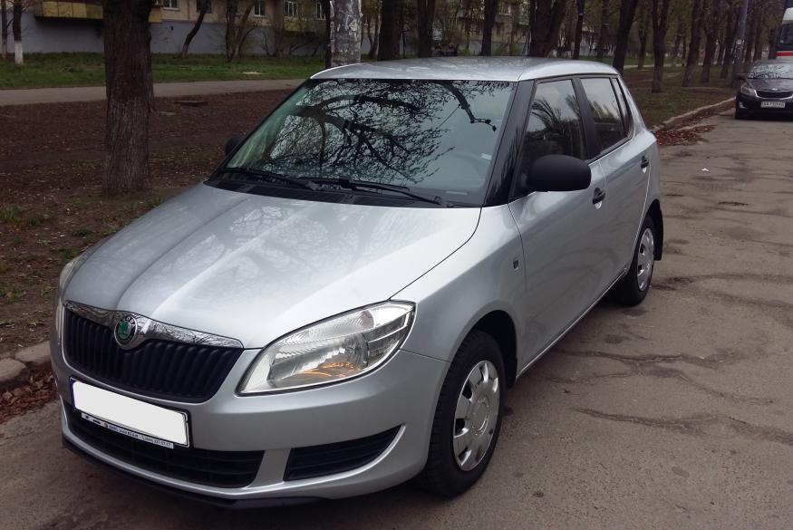 Прокат авто Skoda Fabia Киев