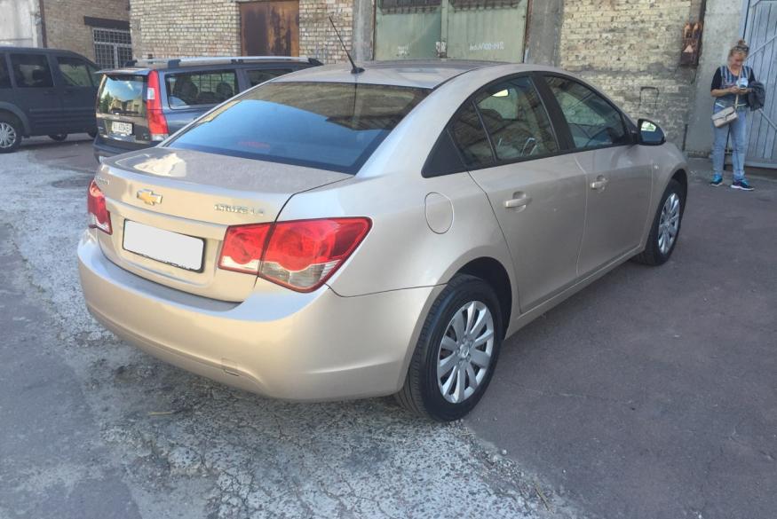 Прокат автомобиля Chevrolet Cruze Киев