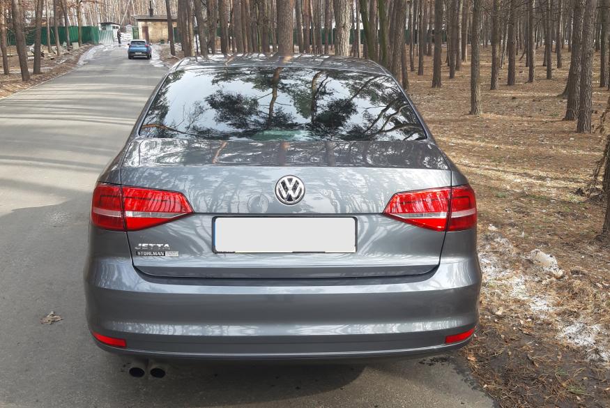 Прокат машины Volkswagen Jetta VI в Киеве