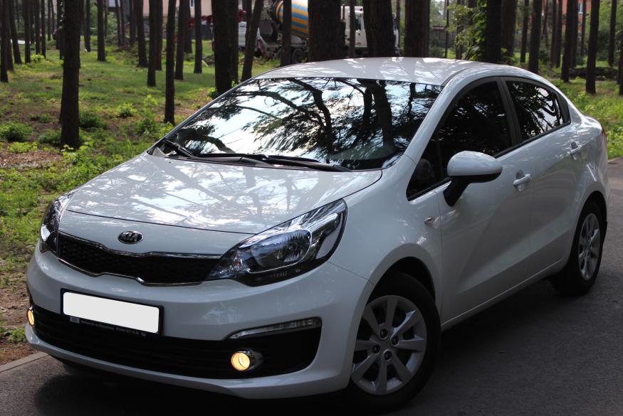Прокат автомобиля KIa Rio Киев