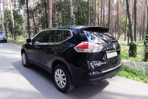 Прокат авто Nissan Rogue Киев
