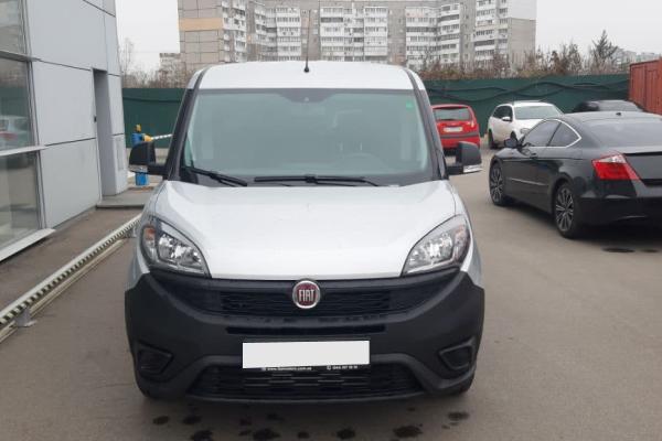 Прокат автомобиля Fiat Doblo Cargo Maxi Киев